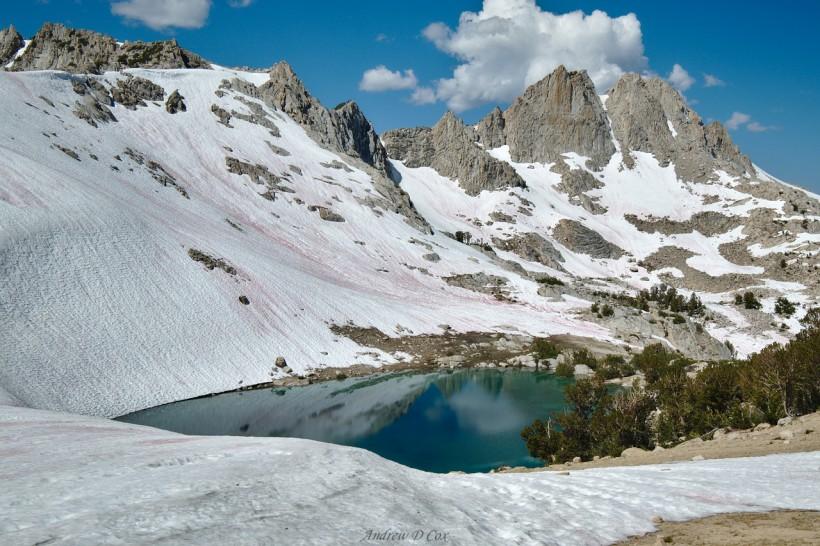 alpine lake john muir trail