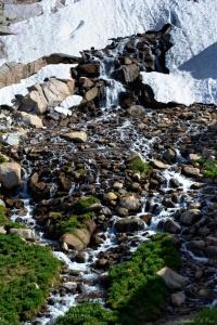 sierra nevada mountains wilderness snow