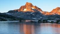 sierra nevada mountains ansel adams wilderness banner peak alpenglow