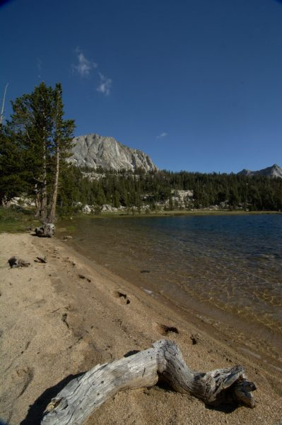 boothe lake yosemite backpacking beach