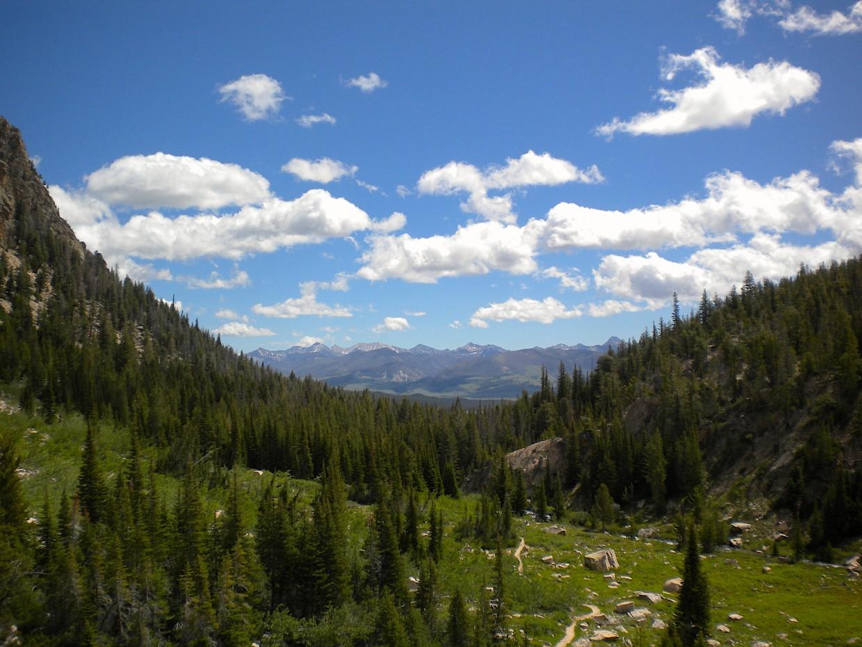 sawtooth mountain wilderness view
