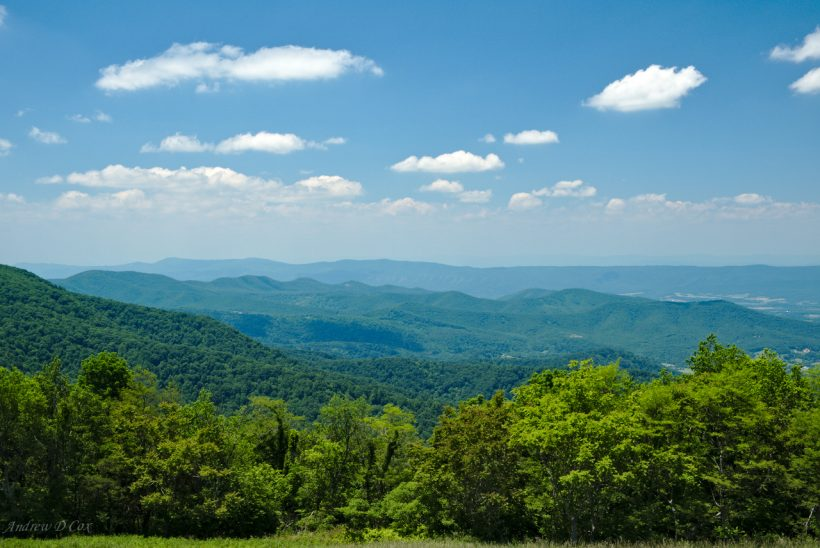 shenandoah skyline drive view blue mountains