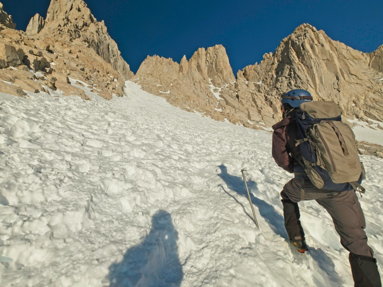 mount whitney mountaineers route couloir